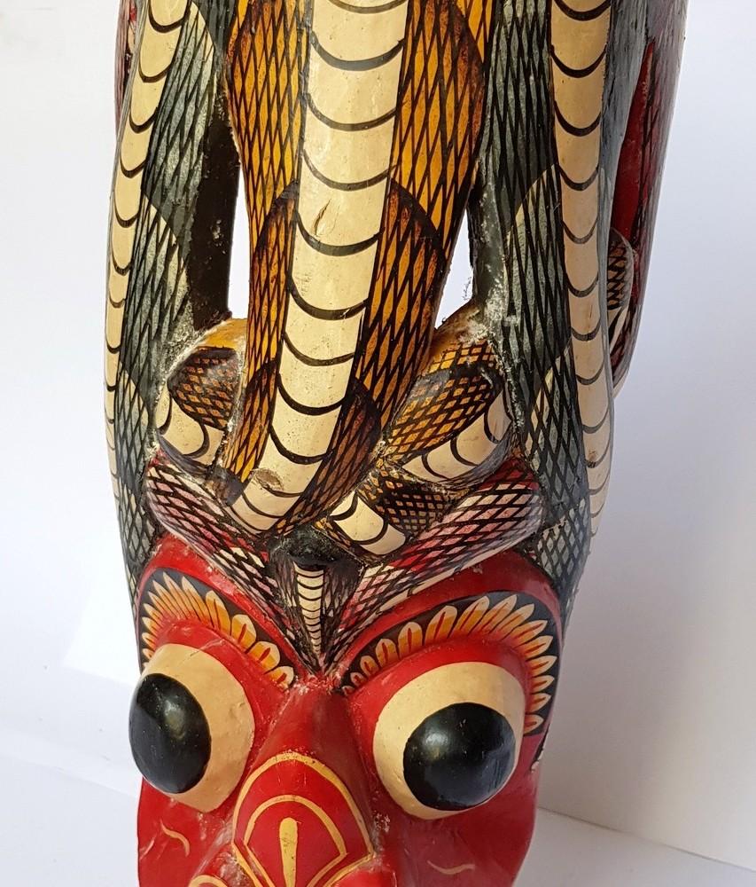 Маска деревянная (декоративная)