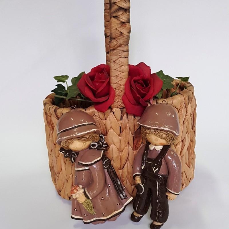 Плетеная корзина + статуэтки в подарок
